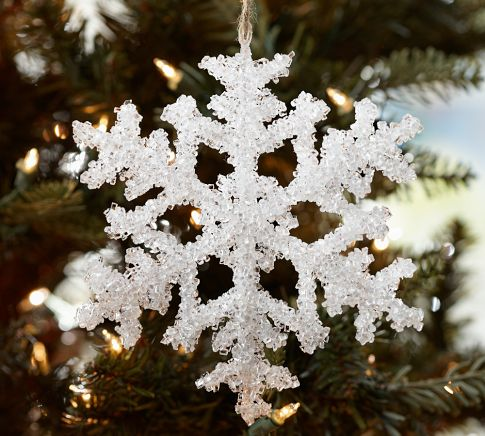 снежинка на елке
