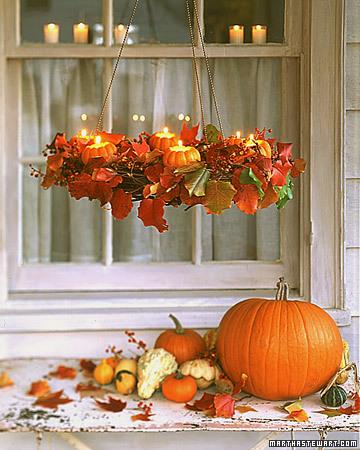 осенняя композиция тыквы и свечи