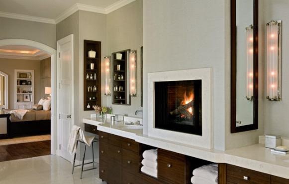 газовый камин в белой ванной комнате