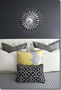 текстиль кровати в сером и белом цветах