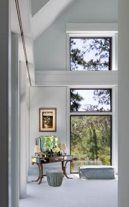 двухсветное окно в холле