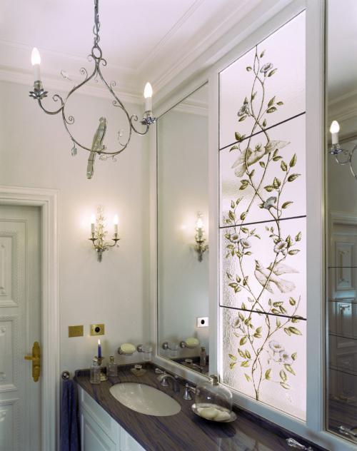 Ванная комната в дворцовом стиле