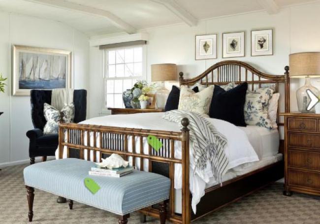 картина с яхтами в морком стиле в интерьере спальни интерьере