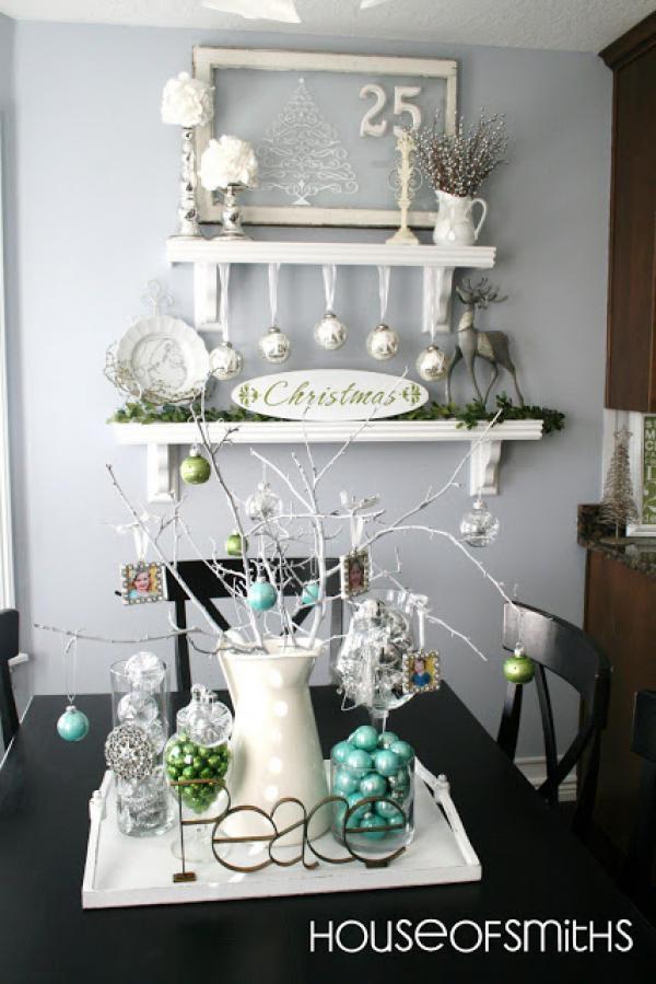рождественская композиция белый, бирюза, серебро и зеленый